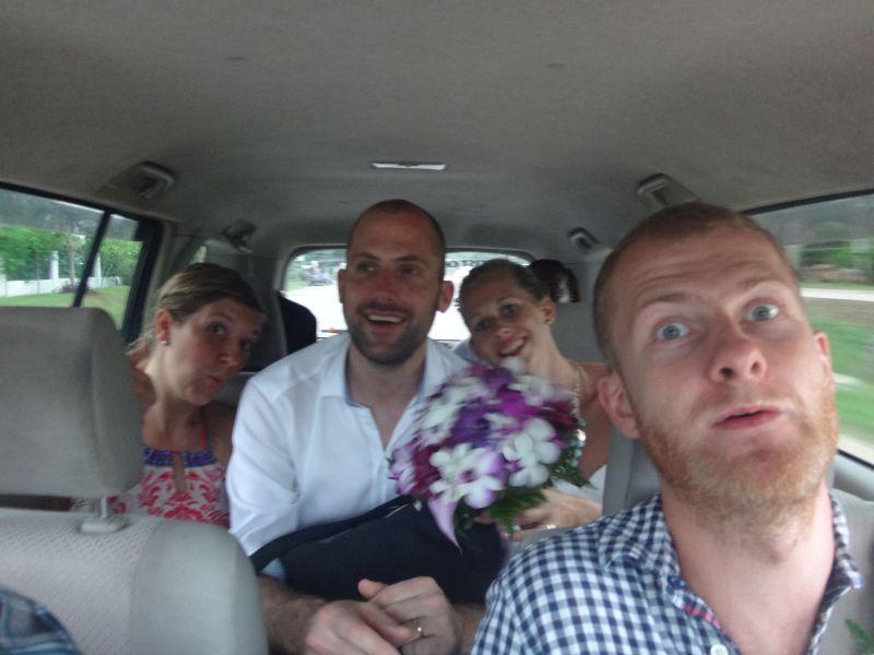 auf geht´s zum Hochzeitsessen