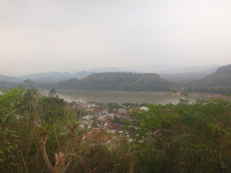 Auf dem Mount Phousi