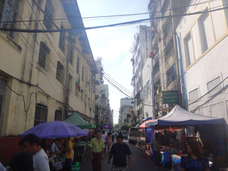 In Yangons Straßen